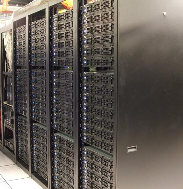 big-computer-servers-600x620